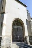 La chiesa dalla collina, Sighisoara, la Transilvania Fotografie Stock