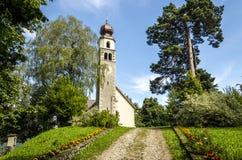 La chiesa del villaggio Immagine Stock