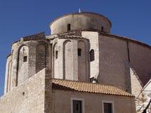 La chiesa della st Donat-si chiude Fotografia Stock