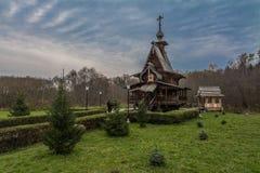 La chiesa di legno russa tradizionale in Russia antica Fotografie Stock