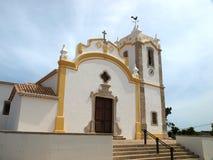 La chiesa di Nossa Senhora da Conceicao a Vila fa Bispo Fotografia Stock