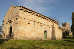 La chiesa di São Miguel fa Castelo Guimaraes portugal Fotografia Stock