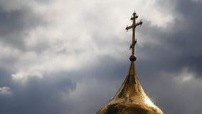 La chiesa ed il cielo con le nuvole stock footage