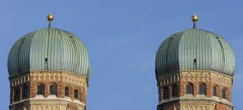 La chiesa Frauenkirche a Monaco di Baviera in Baviera Fotografia Stock Libera da Diritti