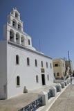 La chiesa greco ortodossa a OIA, Santorini fotografia stock