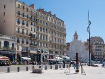 La chiesa nel vecchio porto di Marsiglia Fotografie Stock Libere da Diritti