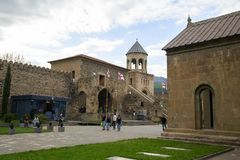 La chiesa ortodossa georgiana antica in Mtskheta fotografia stock libera da diritti