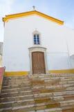 La chiesa a Santiago fa Cacem Immagine Stock Libera da Diritti