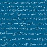 La chimie griffonne le tableau noir Image stock