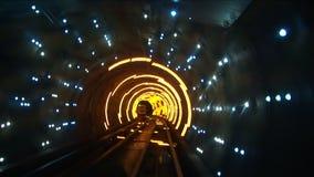 La Chine, Changhaï, Bund, tunnel guidé de Bund, vitesse de volet lente banque de vidéos