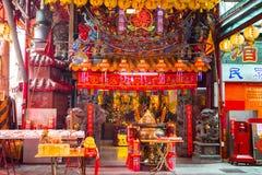 La Chine, croyances religieuses, style traditionnel, temples, grand encensoir photographie stock libre de droits