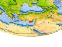 La Chypre en rouge sur le modèle de la terre Photo stock