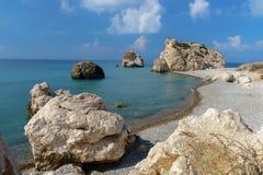 La Chypre, tou Romiou de PETRA La baie de l'Aphrodite Image stock