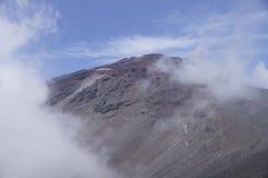 La cima del vulcano Fujiyama fotografie stock