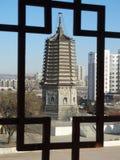 La Cina Dalian in Liaoning wafangdian indica la torre del yongfeng Fotografie Stock Libere da Diritti
