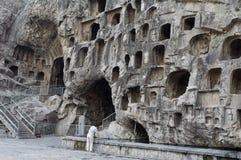 La Cina/Luoyang: Grottoes di Longmen fotografie stock libere da diritti