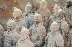 La Cina, Xi ` Figure dell'argilla dei guerrieri, dei cavalli e delle bighe Fotografia Stock Libera da Diritti