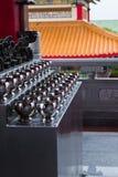 La ciotola ha trasportato da un sacerdote buddista Fotografia Stock Libera da Diritti