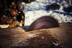 La circulaire scie la lame Photographie stock