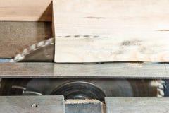 La circulaire a vu la machine pour le bois Image stock