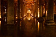 La cisterna de la basílica en Instanbul imágenes de archivo libres de regalías