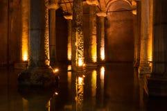 La cisterna de la basílica en Instanbul fotografía de archivo libre de regalías