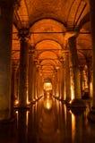 La cisterna de la basílica en Instanbul imagen de archivo libre de regalías