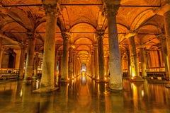 La cisterna della basilica, Costantinopoli fotografie stock