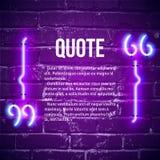 La citation rougeoyante de r?tro n?on marque le cadre sur le mur illustration libre de droits