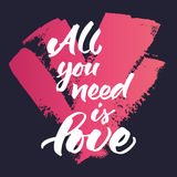La citazione ispiratrice 'tutta che abbiate bisogno di è amore' Fotografia Stock Libera da Diritti