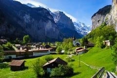 La città di Lauterbrunnen, Svizzera Fotografia Stock