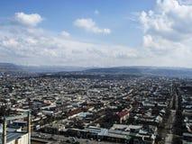 La città di Oš Vista dal supporto Sulaiman-Too immagine stock libera da diritti