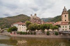 La città Dolceacqua Italia Fotografia Stock