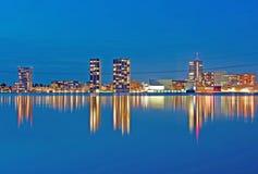 La città illuminata di Almere Fotografia Stock