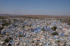 La ciudad azul de Jodhpur en el Rajasth?n, la India imagen de archivo