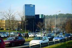 La ciudad Danske Bank de Vilna en el otoño mide el tiempo el 11 de noviembre de 2014 Foto de archivo libre de regalías