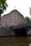 La ciudad de Amsterdam imagenes de archivo