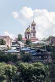 La ciudad de Birsk Vista de la catedral de la trinidad santa para Imagen de archivo