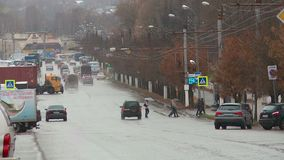 La ciudad de Kirov en oto?o almacen de video