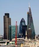 La ciudad de Londres uno de los centros principales de la opinión global de finance Esta visión incluye el pepinillo de la torre  Foto de archivo
