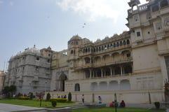 La ciudad de los lagos Udaipur, palacio de la ciudad, edificio de la herencia, gran historia, dinastía de Mewar, familia real imágenes de archivo libres de regalías