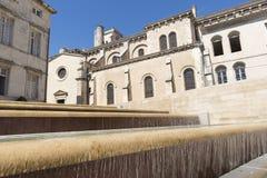 La ciudad de Nimes imagenes de archivo