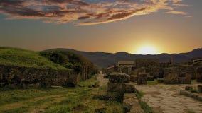 La ciudad de Pompeya, destruida en 79 A.C. la erupción del monte Vesubio almacen de metraje de vídeo