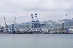 La ciudad de puerto de Novorossiysk Imágenes de archivo libres de regalías