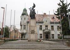 La ciudad de Trnava, en Eslovaquia con muchas iglesias Foto de archivo libre de regalías
