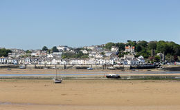 La ciudad del norte de la playa de Devon de Appledore vio de Instow Imágenes de archivo libres de regalías