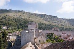 La ciudad emparedada de Dubrovnic en Croacia Europa Dubrovnik se apoda perla del ` del Adriático Fotografía de archivo