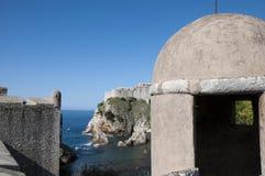 La ciudad emparedada de Dubrovnic en Croacia Europa Dubrovnik se apoda perla del ` del Adriático Foto de archivo libre de regalías