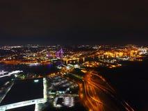 La ciudad enciende la antena fotografía de archivo libre de regalías