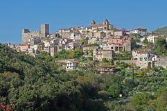 La ciudad italiana Itri Imagen de archivo libre de regalías